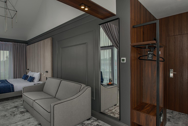 Apartament zwanną Hotel Gniecki